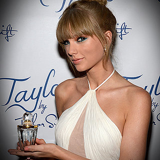 Taylor Swift Dress at Fragrance Foundation Award | Video