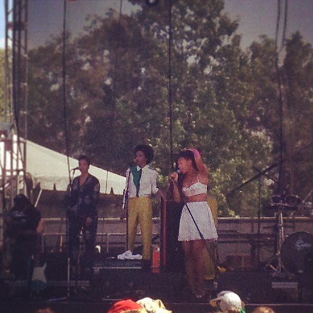 Solange Knowles put on a fantastic show; not only did she sound great, but she looked great too! We spent the entire set grooving along to her infectious '90s-cool indie-pop beats, and couldn't get her songs out of our heads for the rest of the day. Source: Instagram user popsugarfashion