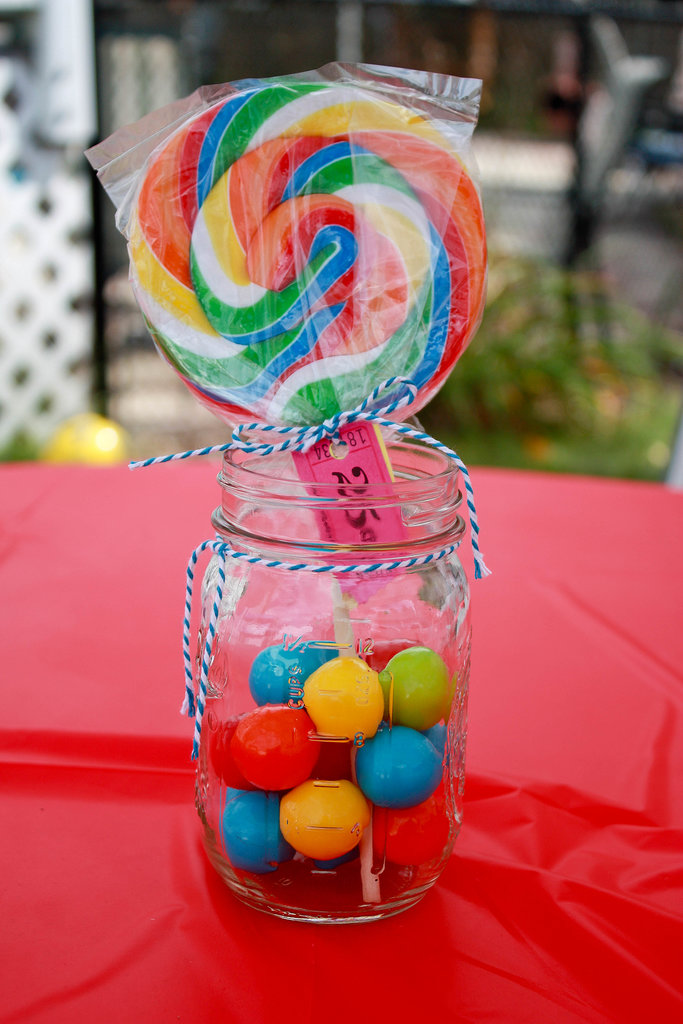 Sweet Sucker Centerpieces