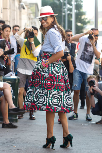 Stripes (even on her heels) and a wow-worthy print on her skirt gave this classic-inspired look a little kick.
