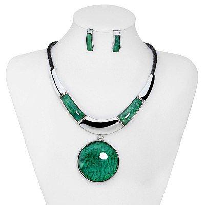 Medallion Statement Necklace Set Green