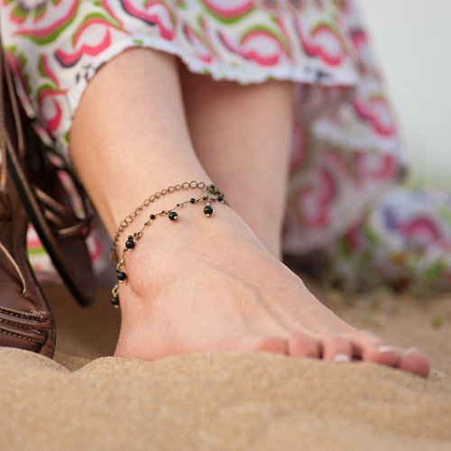 A Quick, Beach-Ready Pedicure That's Easy to Retouch