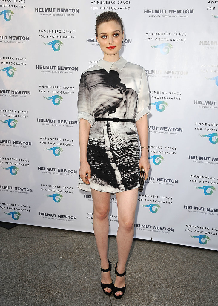 Bella Heathcote pulled off a bold print on a little shirtdress at an exhibit opening at the Annenberg Space For Photography in LA.