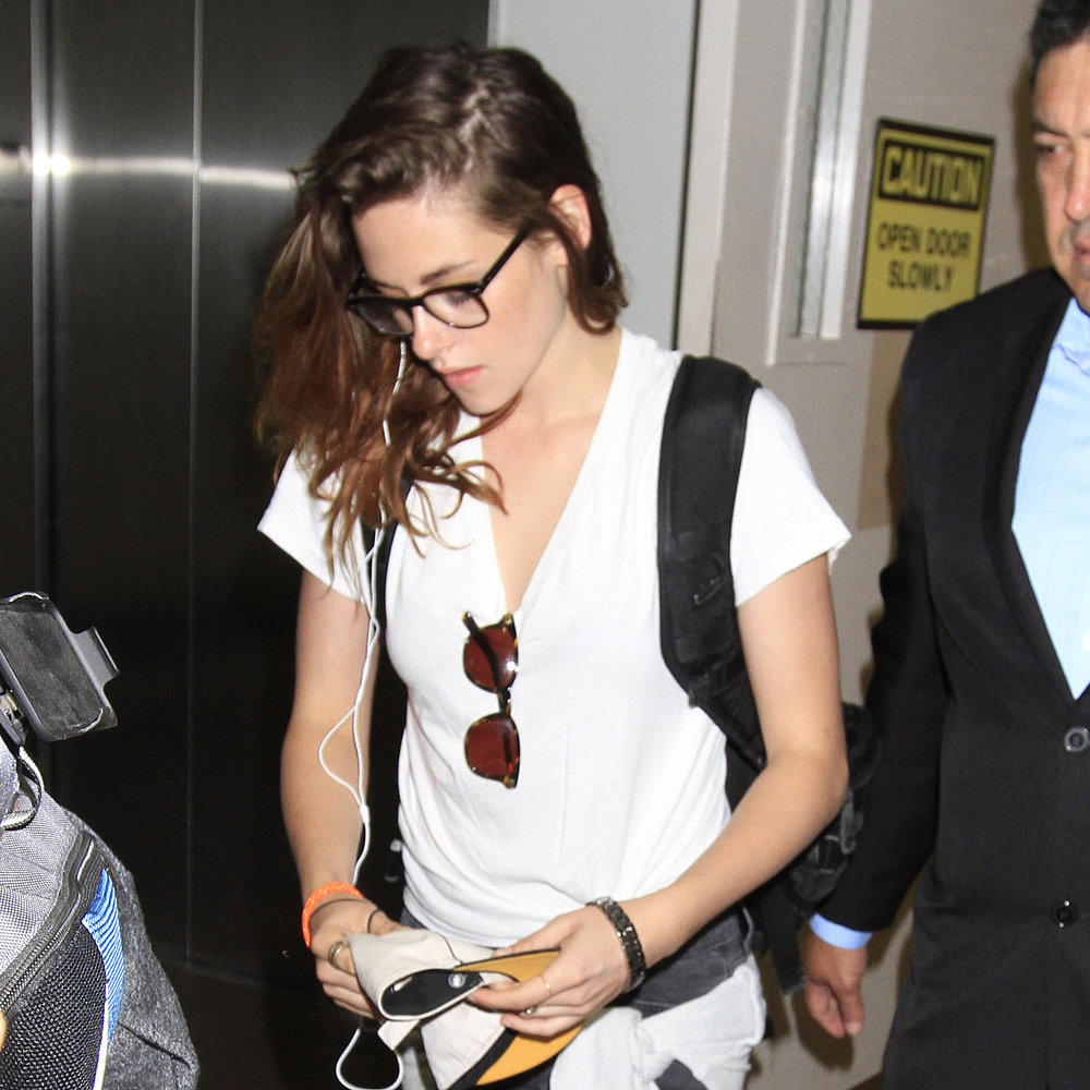 Kristen Stewart Catches a Flight Following Her Big Road Trip