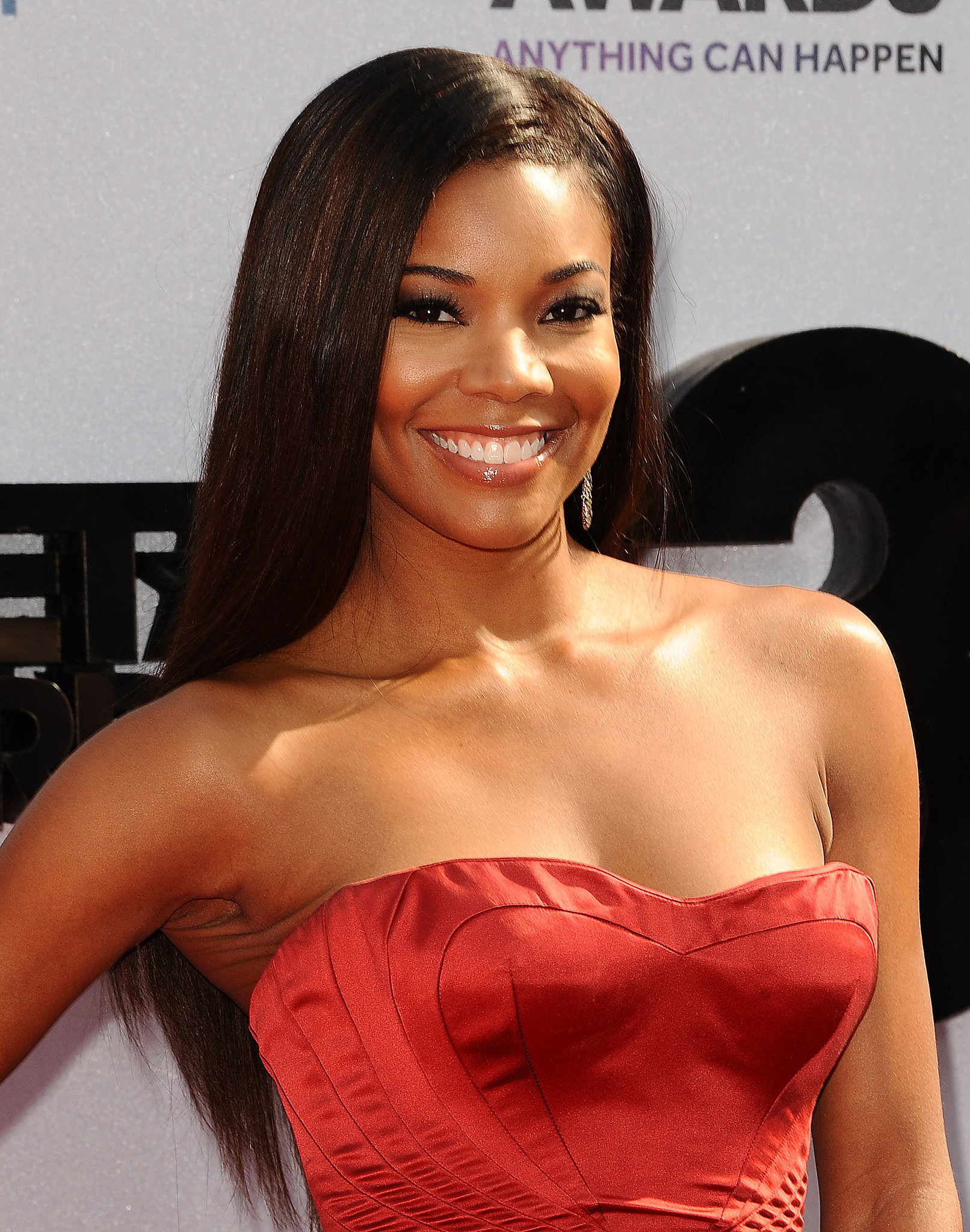 Gabrielle Union Wore Extralong Locks Paired With Smoky Eye Makeup And | The Best Hair And Makeup ...