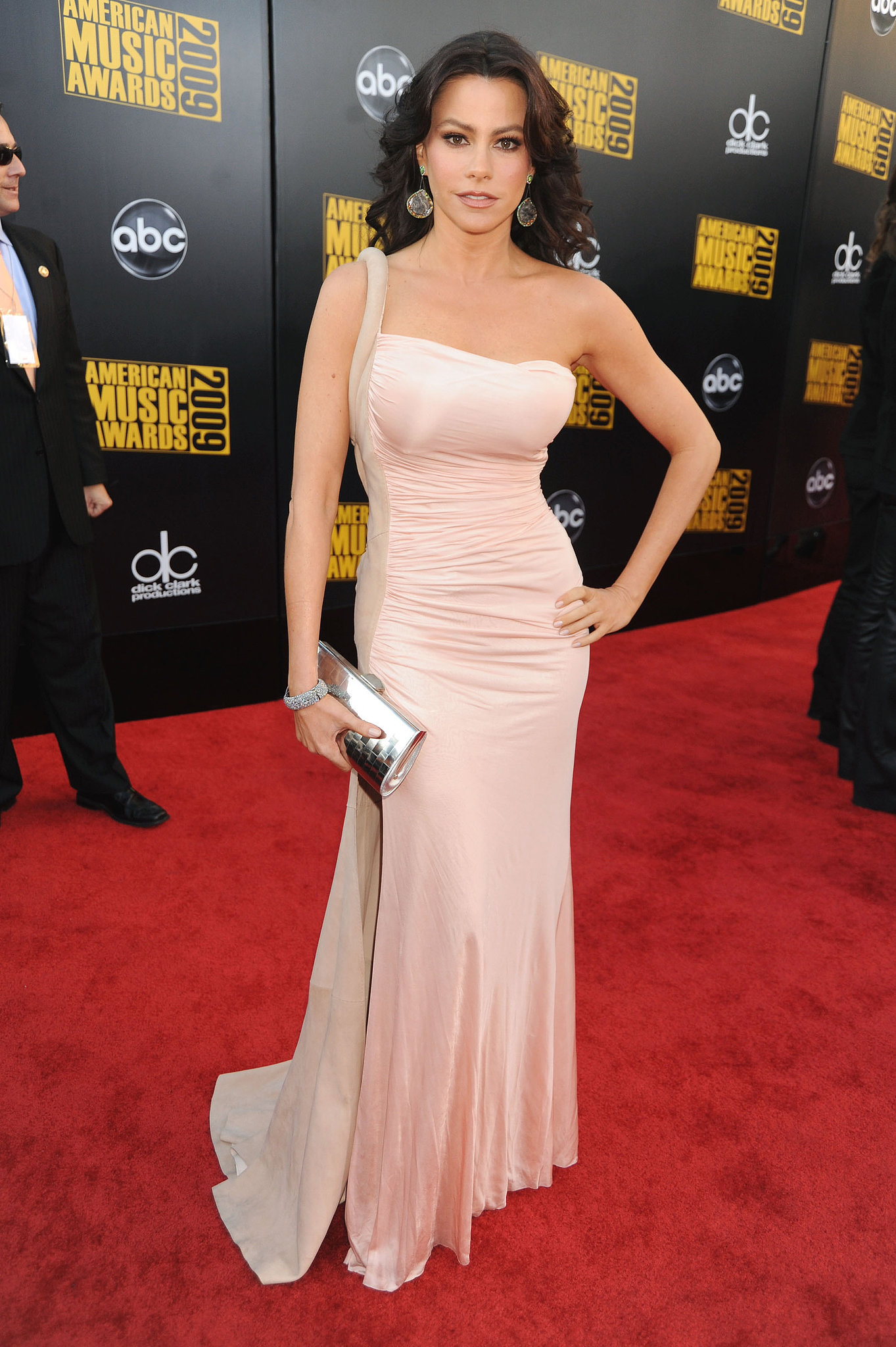 We are pretty sure this one-shouldered, curve-hugging creation Vergara rocked at the 2009 America Music Awards was made just for her flawless figure.