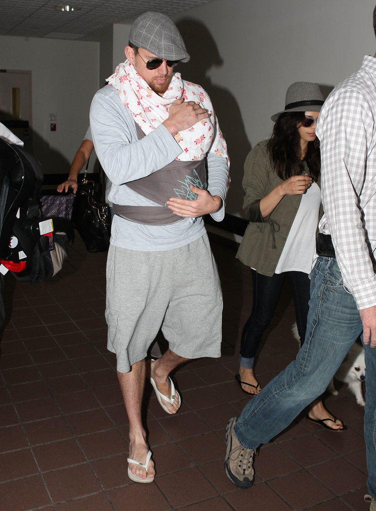 Channing Tatum may have won over the hearts of moms everwhere when he was spotted carrying 5-week-old Everly in a sling, covered with Aden + Anais's Princess Posie muslin blanket.