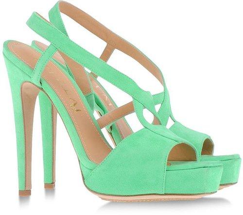 APERLAI Sandals