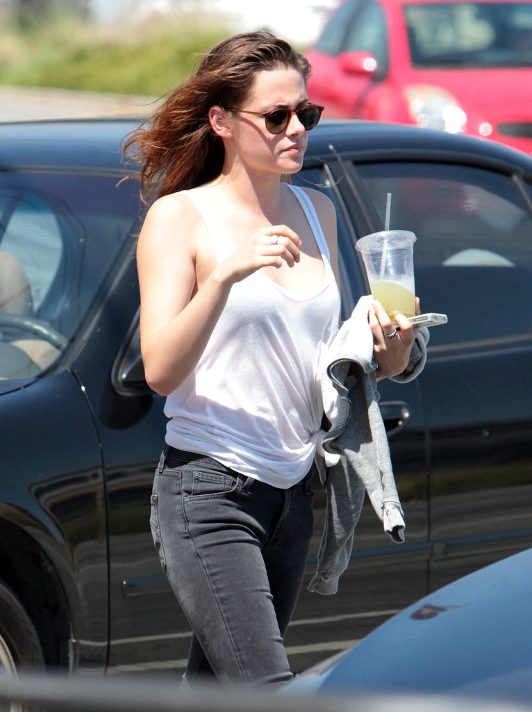 Kristen Stewart Chills Out With a Cold Drink