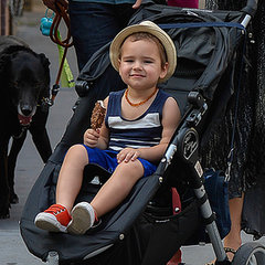 Cute Flynn Bloom Pictures With Miranda and Orlando in NYC