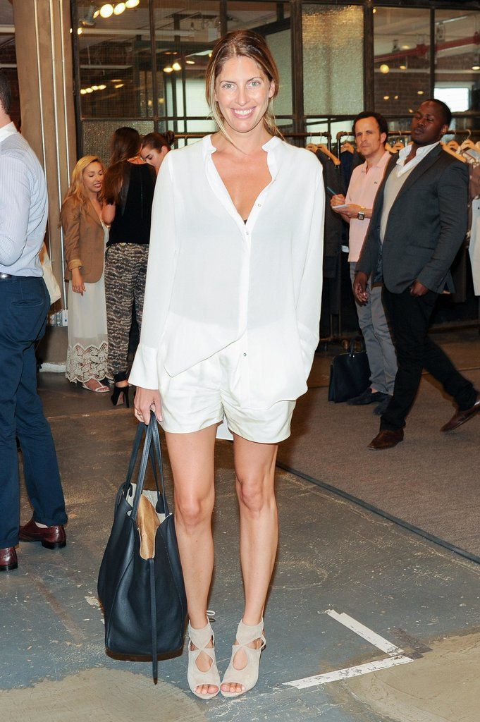 At the New York CFDA/Vogue Fashion Fund event, Valerie Boster looked leggy in a crisp, minimalist pairing.
