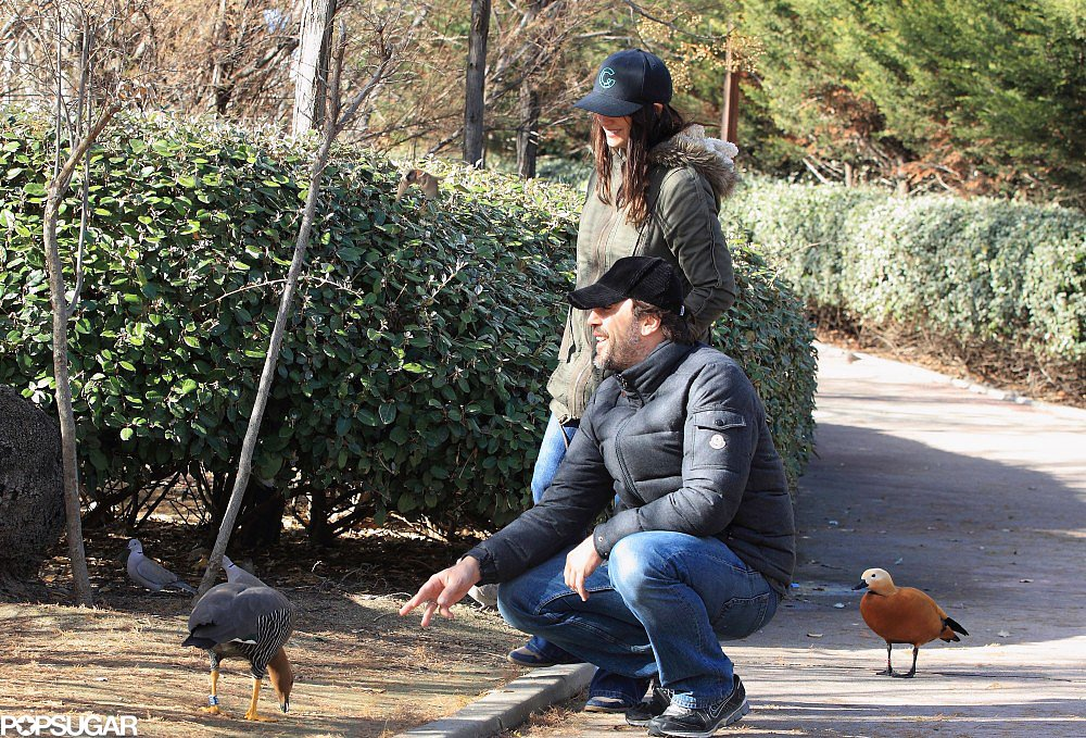 Penélope Cruz and Javier Bardem took time out to feed the ducks in Madrid in January 2013.
