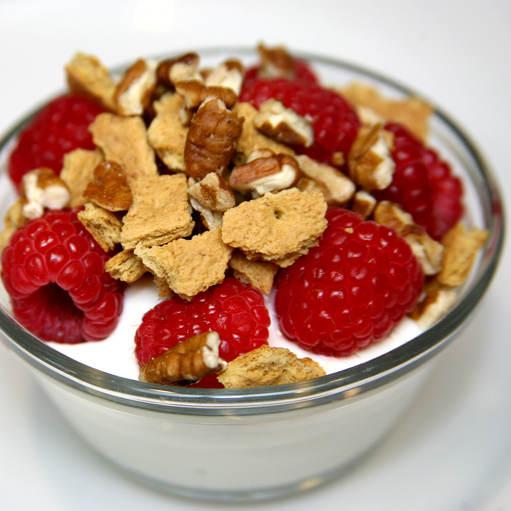 Raspberries With Graham Crackers and Pecans