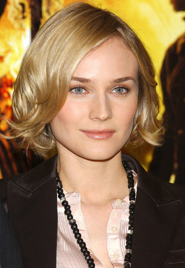 She gave her hair a sweet chop later in 2004. Here, at a photocall for National Treasure, she paired her smooth bob with defined brows and a flush of pink on her cheeks.