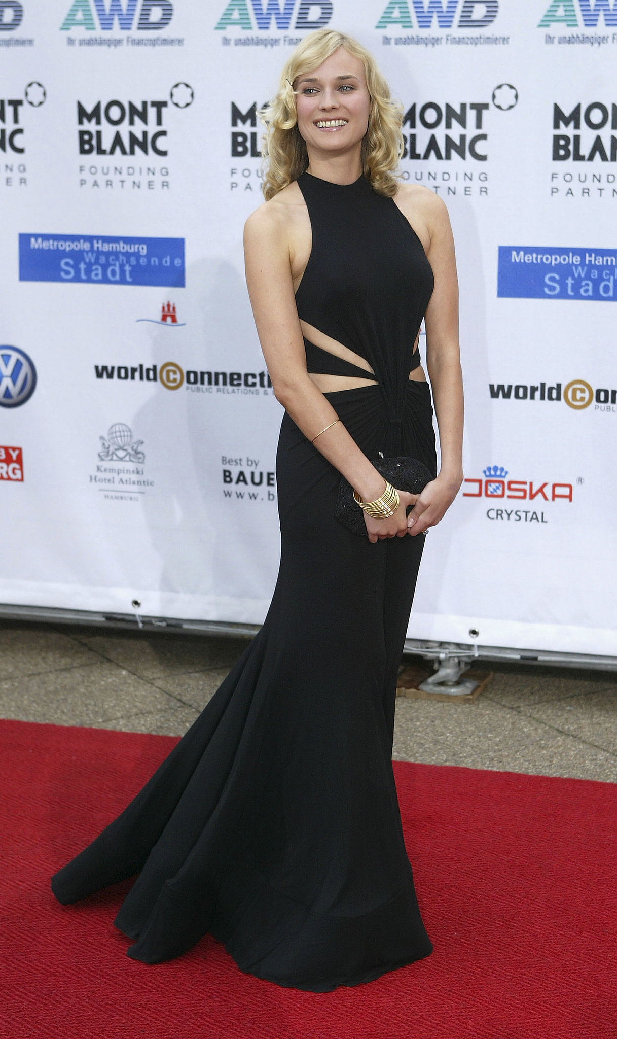 Diane wore a sexy black cutout gown at the 2004 Women's World Awards in Germany.