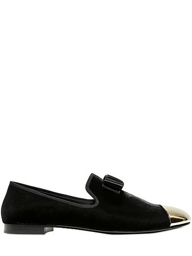 Pointed Gold Toe Velvet Loafers