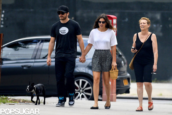 Jake Gyllenhaal held hands with his new girlfriend, Alyssa Miller, in NYC.