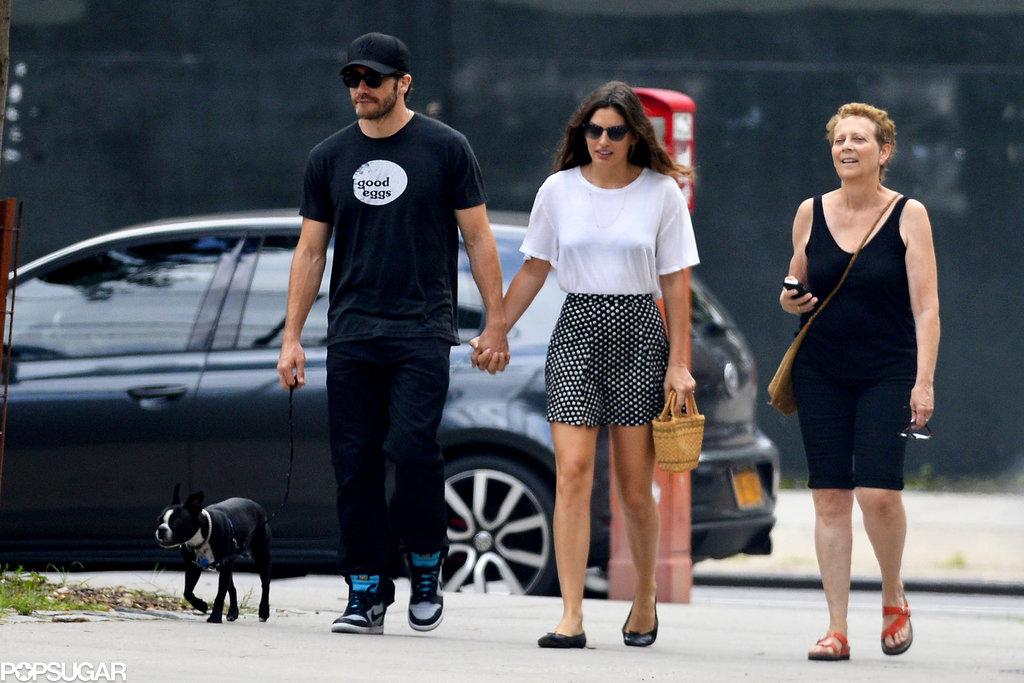 Jake Gyllenhaal held hands with his new girlfriend, Alyssa Miller, in NYC.
