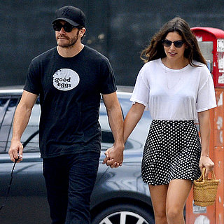 Jake Gyllenhaal and Alyssa Miller Holding Hands in NYC