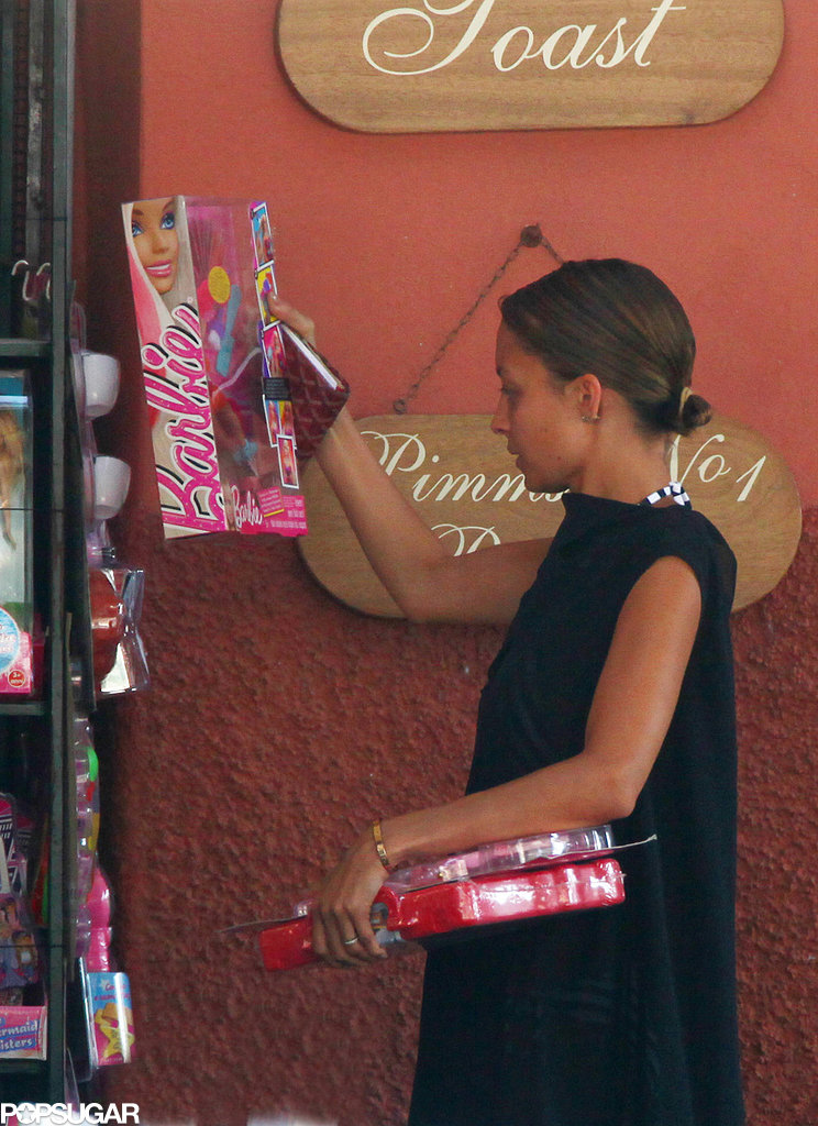 Nicole Richie shopped for Barbie dolls in Portofino.