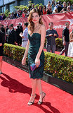 Lake Bell smoldered in her green cocktail dress at the ESPY Awards.