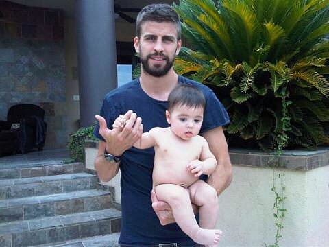 Shakira enjoyed the beginning of her vacation with Gerard Piqué and their son, Milan. Source: Twitter user shakira
