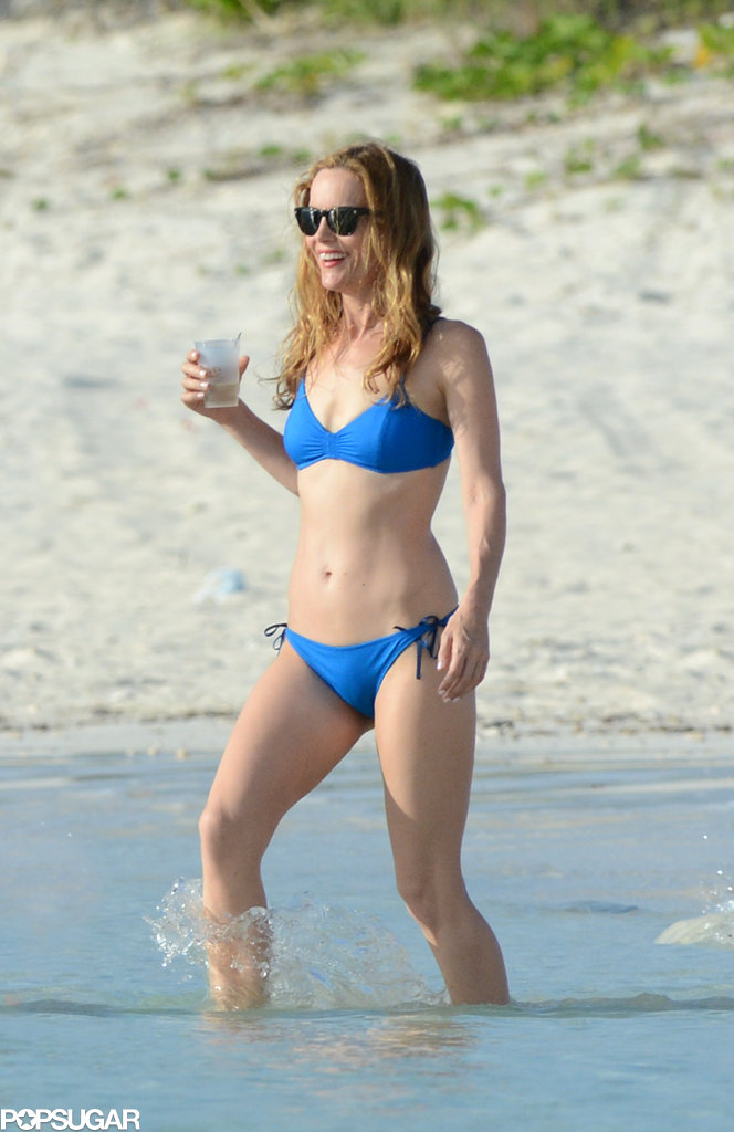 Leslie Mann filmed scenes in a sporty blue bikini. This style is good for those with a sportier frame.