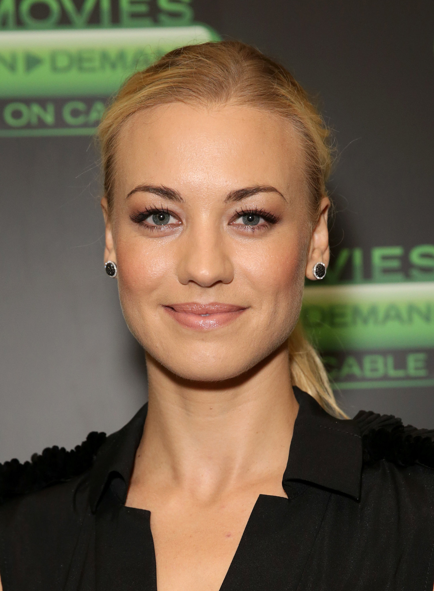 At a viewing of I, Frankenstein, Yvonne Strahovski looked pretty and polished with a ponytail and bold brows.