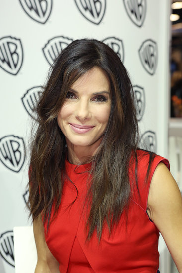 Sandra Bullock made an appearance sporting her natural texture and a casual makeup palette.