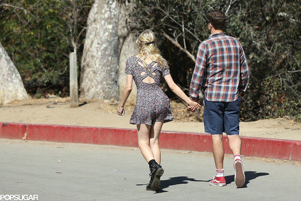 Joshua Jackson and Diane Kruger held hands for a hike in LA.