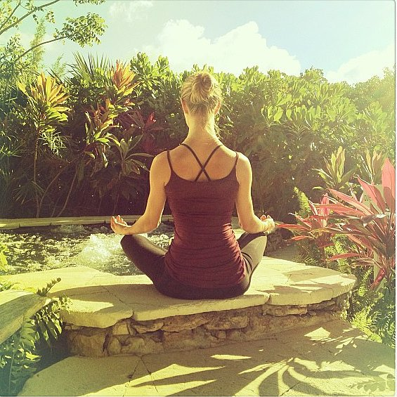 Rosie Huntington-Whiteley found a peaceful space for her outdoor practice. Source: Instagram user rosiehw
