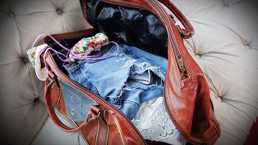 How to Pack For a Weekend Beach Trip