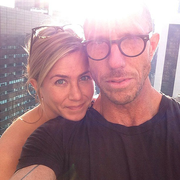 Jennifer Aniston Goes Makeup-Free in Instagram Snap, Looks Flawless