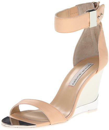 Chinese Laundry Women's Sogno Pump