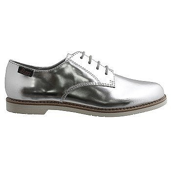 If you like 'em preppy and easy, look no further than these Bass Ely-5 oxfords ($85).