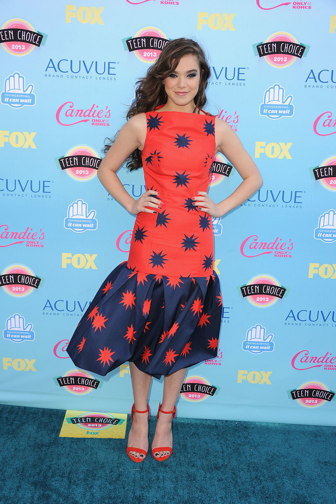 Hailee Steinfeld attended the 2013 Teen Choice Awards.