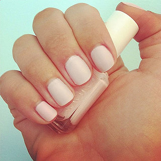 Beauty Trick: Make Your Own Matte Nail Varnish