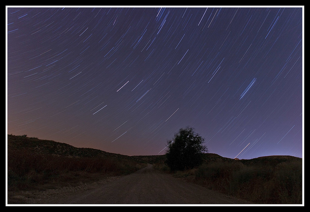 Flickr user atwosesa's view captures a view of the stars from the Spanish countryside.  Source: Flickr user atwosesa