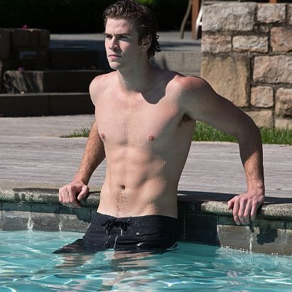 Liam Hemsworth in Paranoia Pictures