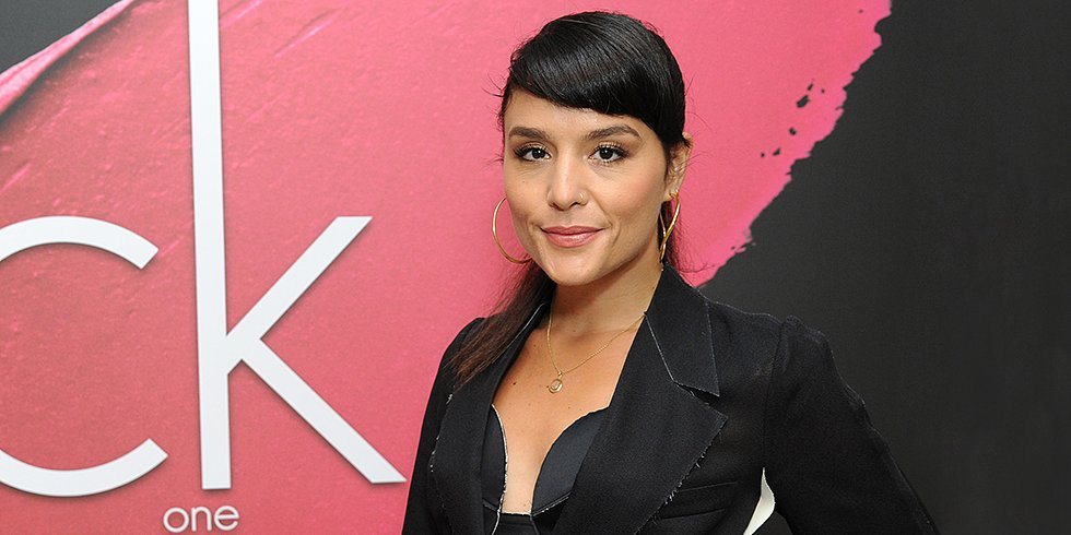 British Sensation Jessie Ware Tells Us Her Best Travel Beauty Tricks