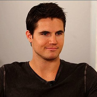 Robbie Amell Interview on The Tomorrow People (Video)