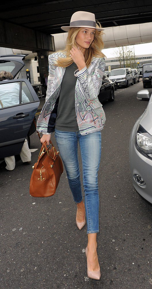 Rosie Huntington-Whiteley beat denim boredom with an embroidered jacket.