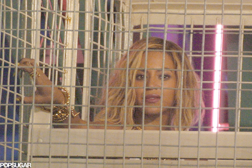 Beyoncé Knowles rode a ferris wheel.