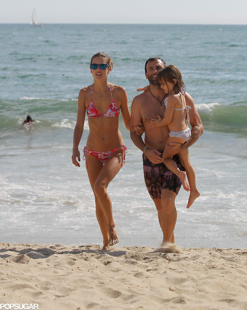 Alessandra Ambrosio spent time with her husband and daughter: Jamie and Anja Mazur.