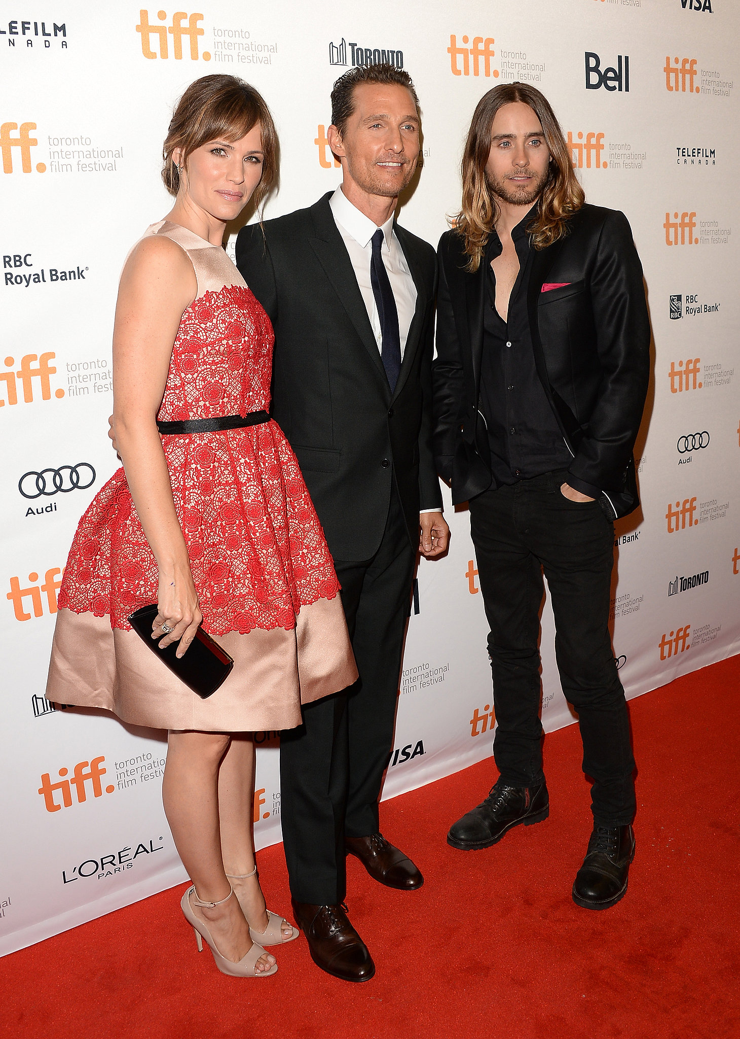 Matthew McConaughey stopped for photos with his Dallas Buyers Club costars, Jennifer Garner and Jared Leto.