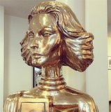 Emma Roberts snapped a gilded tribute to the ultrastylish Sophia Loren. Source: Instagram user emmaroberts6