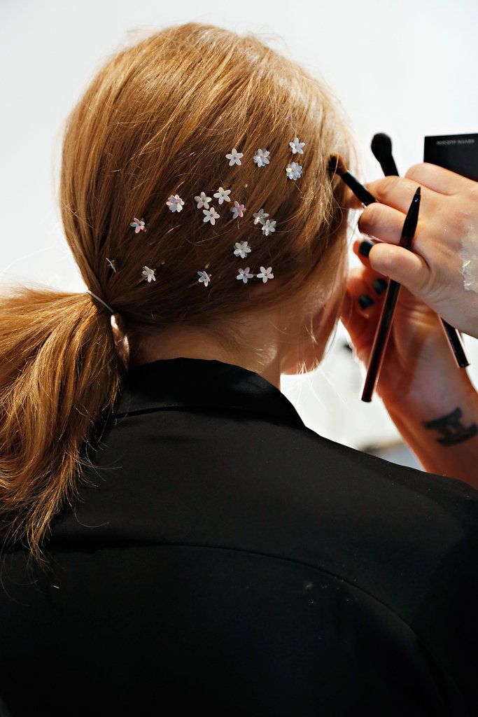 Starry hair accessories at Honor.