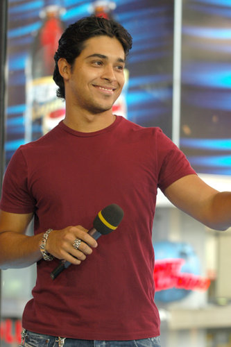 Wilmer Valderrama visited TRL in 2003.