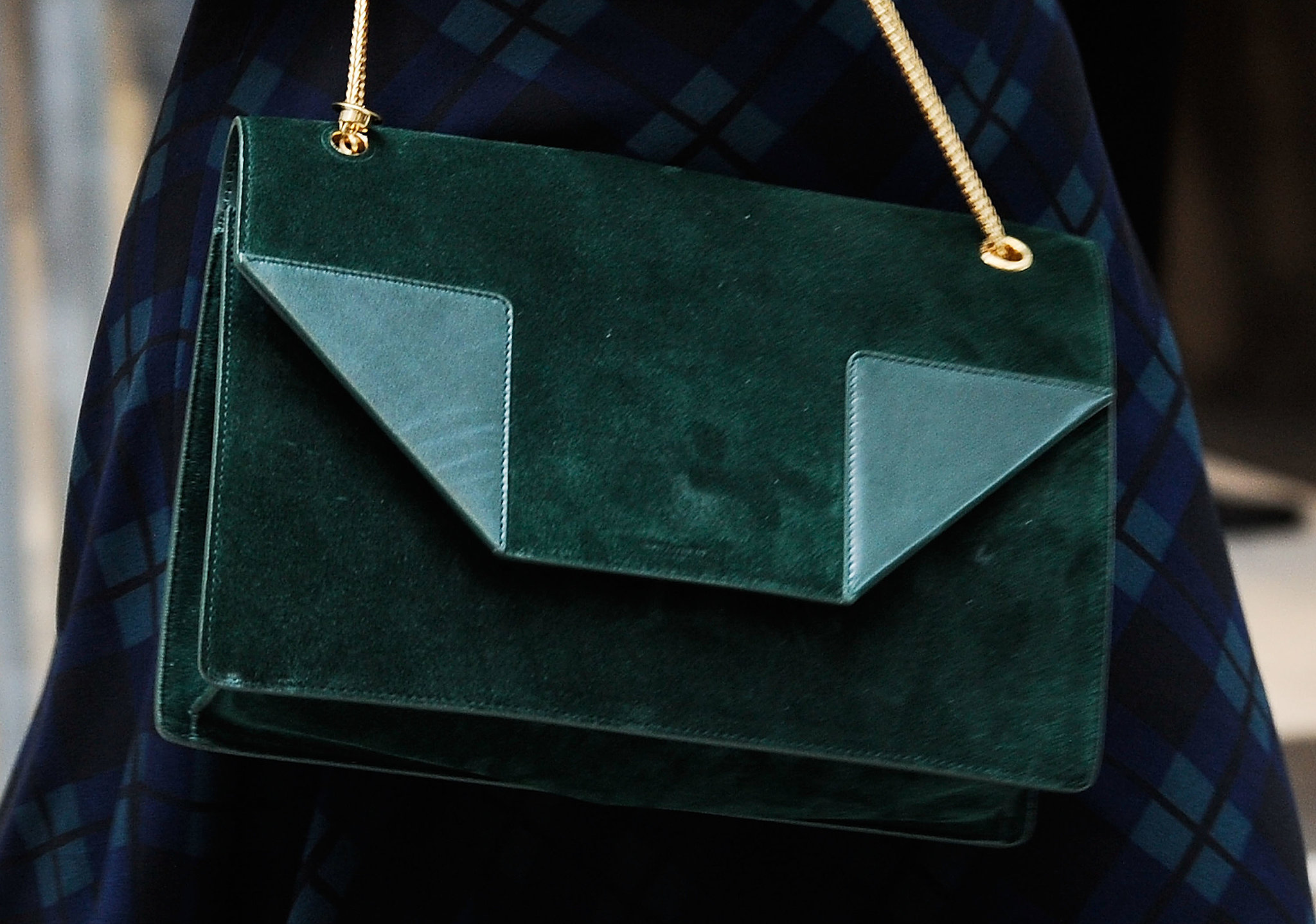 A covetable suede bag in a gorgeous hunter green.