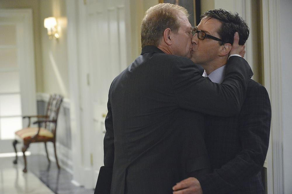 Scandal Jeff Perry and Dan Bucantinsky in the season premiere of Scandal.